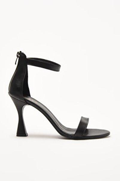 Siyah Kadın Sandalet 01SAY209030A100
