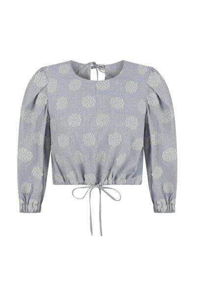 Mudo Nakışlı Sırt Detaylı Bluz