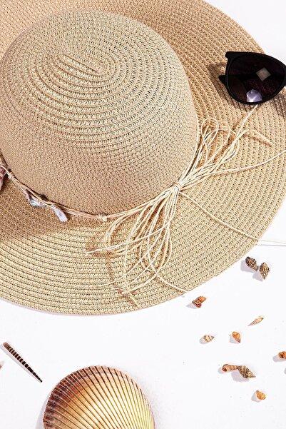 İlhan Işık Kadın Bağcıklı Çiçekli Hasır Plaj Yazlık 57 Cm Fötr Şapka