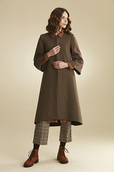 Tuğba Kadın Kahve Kısa Kol Takım Ceket