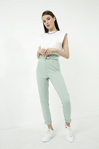 Vis a Vis Kadın Çağla Yeşili Beli Pileli Kemerli Havuç Pantolon