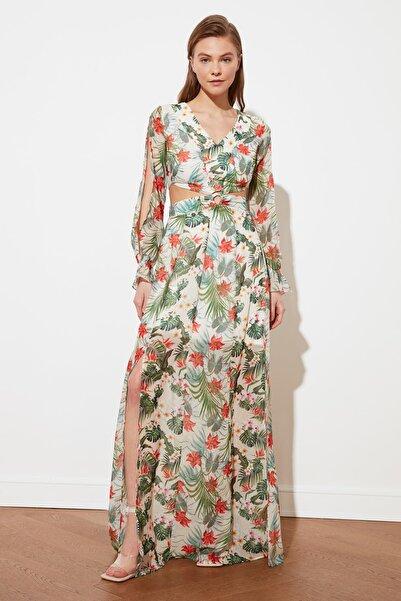 TRENDYOLMİLLA Krem  Cut Out Detaylı Elbise TWOSS19EH0240