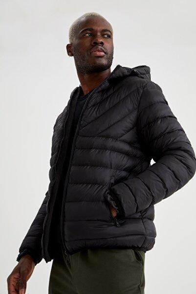 DeFacto Erkek Siyah Kapüşonlu Slim Fit Fermuarlı Şişme Mont