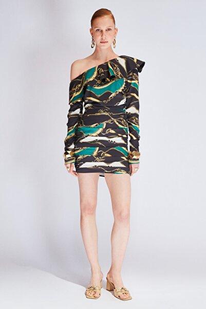 Raisa&Vanessa for Trendyol Çok Renkli Zincir Desenli Drapeli Saten Elbise TDPSS21EL0738