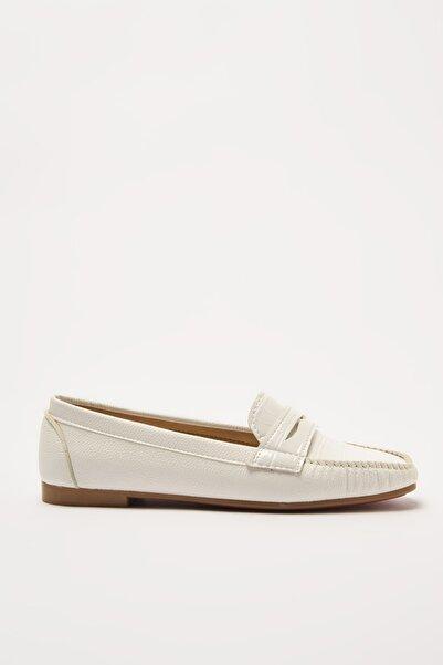 Yaya by Hotiç Beyaz  Loafer Ayakkabı 01AYY212280A900