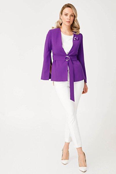 Moda İlgi Kol Yırtmaç Detaylı Ceket