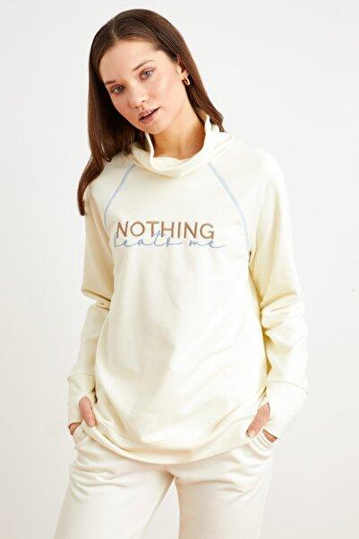 Love My Body Kadın Kemik Dik Yaka Nakışlı Sweatshirt
