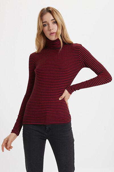 Loft Kadın Kırmızı Siyah Desenli Boğazlı Sweatshirt
