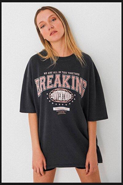 Addax Kadın Füme Baskılı Oversize T-Shirt p9555 - İ12 ADX-0000024010