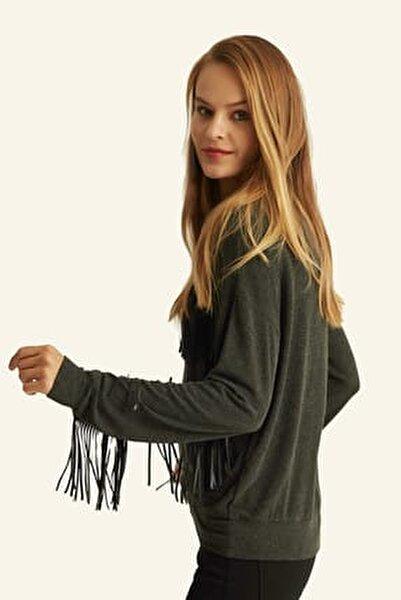 Kadın Gri  Suni Deri Püskül Detaylı Bluz  Hn1068