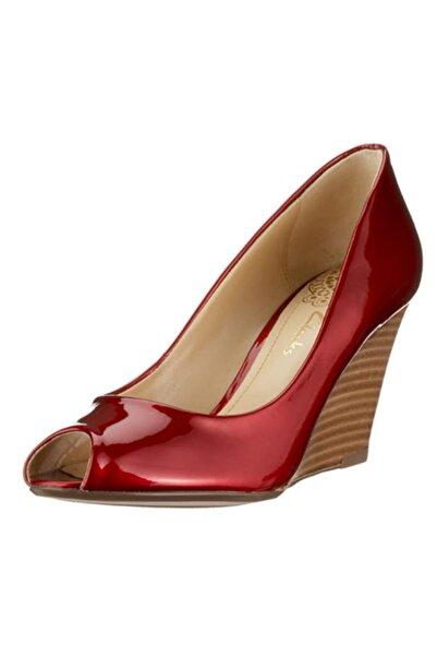 CLARKS Kadın Kırmızı Parlak Dolgu Topuklu