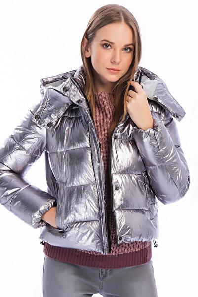 Only Kadın Gümüş Rengi Metalik Ceket 15160182