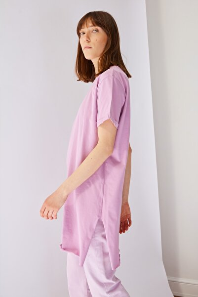 Trendyol Modest Lila Basic Kısa kollu Yırtmaçlı Süprem Tesettür T-Shirt TCTSS21TN0056