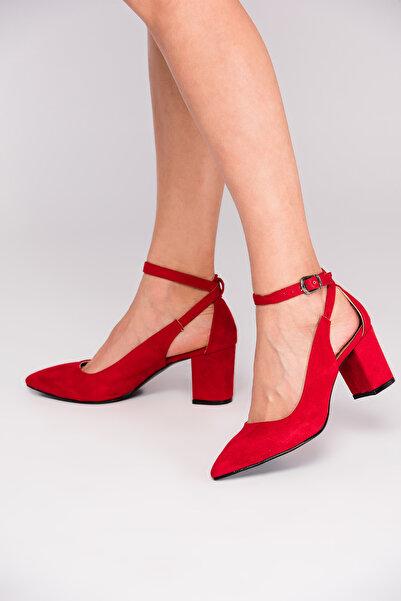 Fox Shoes Kırmızı Kadın Topuklu Ayakkabı D922223602