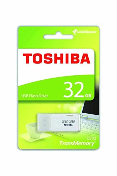 Toshiba 32 GB HAYABUSA U202  USB BELLEK  THN-U202W0320E4