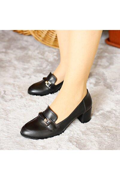 PUNTO Kadın Siyah Mevsımlık Kısa Topuklu Ayakkabı