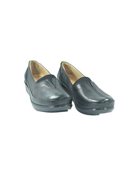 Nehir 012 Hakiki Deri Büyük Numara Kadın Ayakkabı - Siyah - 42