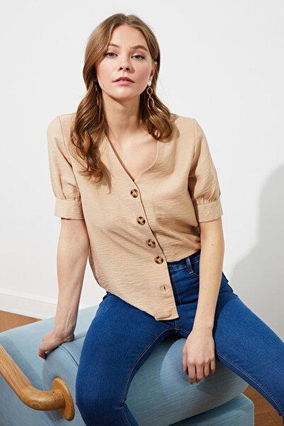 TRENDYOLMİLLA Camel Düğme Detaylı Gömlek TWOSS20GO0208