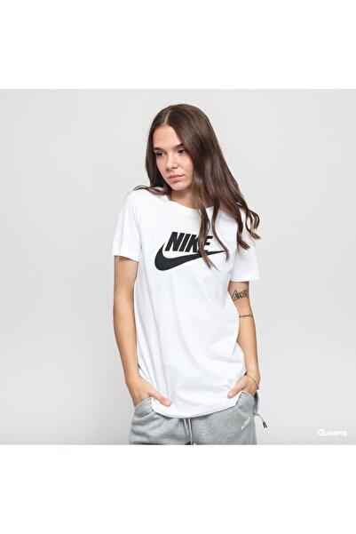 Nike Kadın Beyaz T-shirt