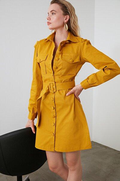 TRENDYOLMİLLA Hardal Kemerli Gömlek Elbise TWOAW21EL0181