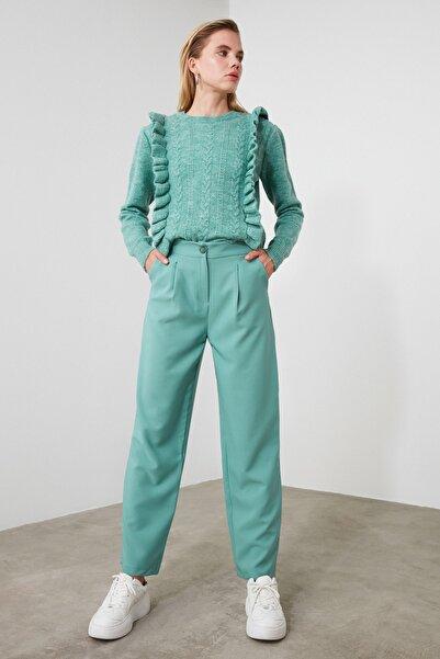 TRENDYOLMİLLA Mint Pileli Düze Kesim Pantolon TWOAW21PL0088