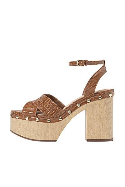 Stradivarius Kadın Deri Kabartmalı Platform Topuklu Sandalet 19221570