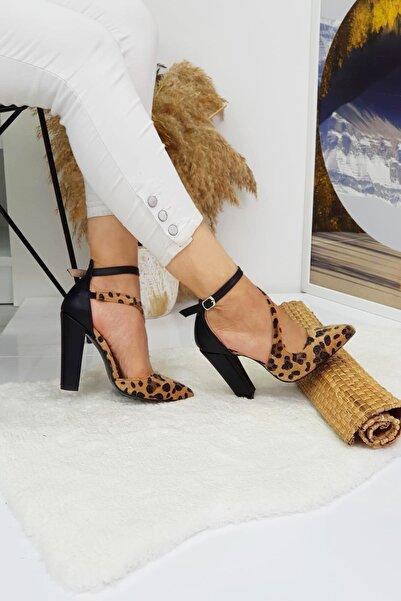 Leyla Yıldız Kadın Leopar Desenli Kalın Topuklu Ayakkabı