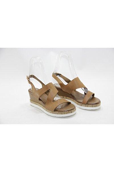 İnci Kadın Kahve  Hakiki Deri Sandalet