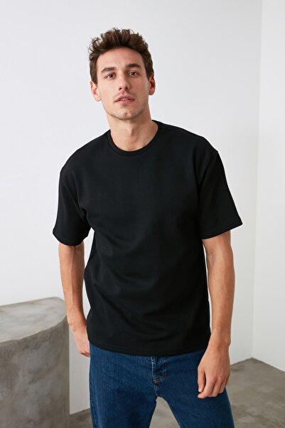 TRENDYOL MAN Siyah Erkek Bol Kesim Basic Bol Kesim T-Shirt TMNSS20TS0061