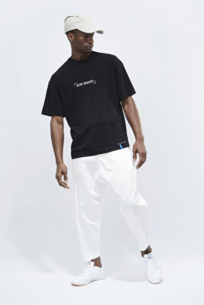 SELEN AKYÜZ Erkek Siyah New Normal Logo Black T-shirt