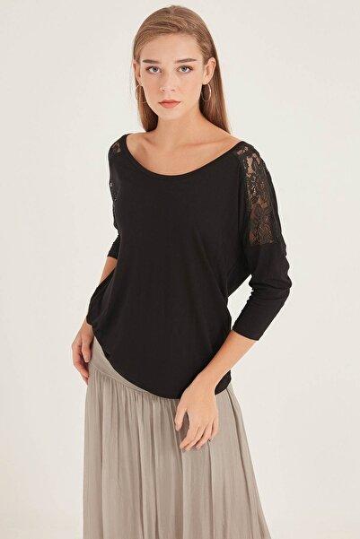 HomeStore Kadın Sıyah Bluz 20250220015