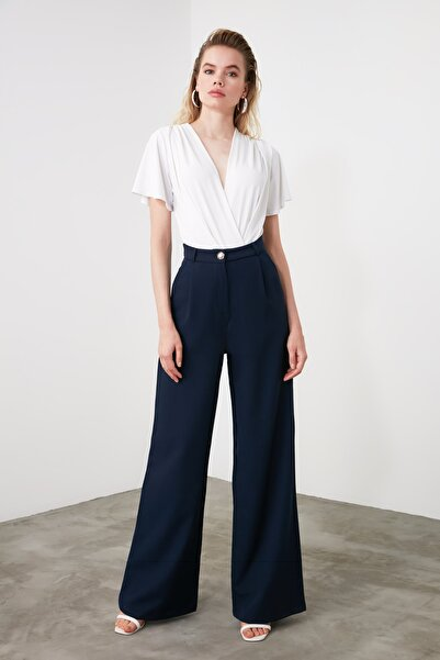 TRENDYOLMİLLA Lacivert Dökümlü Geniş Paça Pantolon TWOSS20PL0010