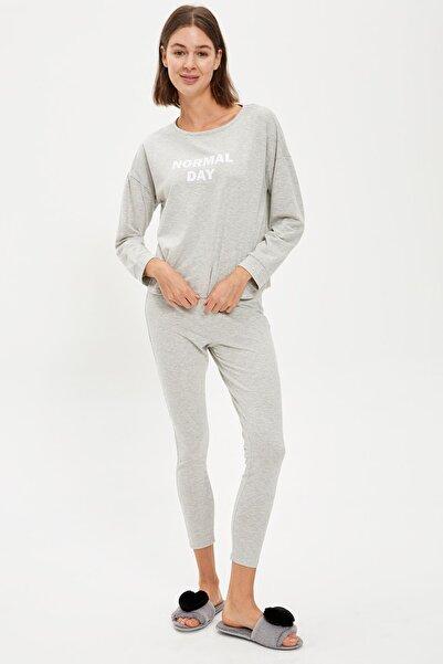 DeFacto Kadın Grey Melange Slim Fit Basic Pijama Takımı S2591AZ20AU