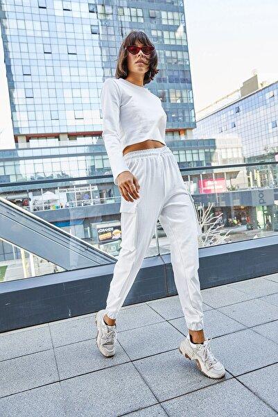 boutiquen Kadın Beyaz Beli ve Paçası Lastikli Üç Cepli Pantolon 5027