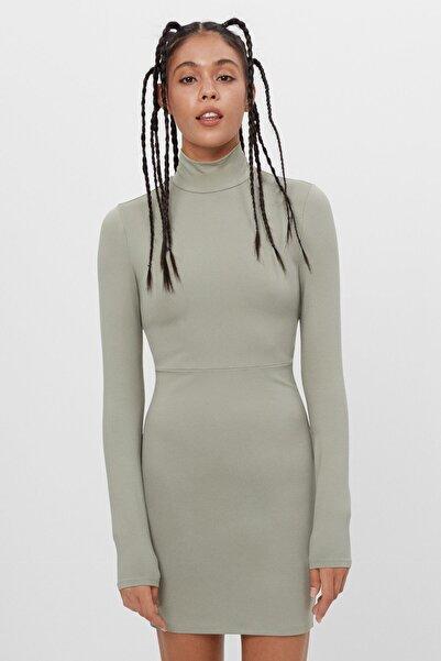 Bershka Sırt Dekolteli Elbise