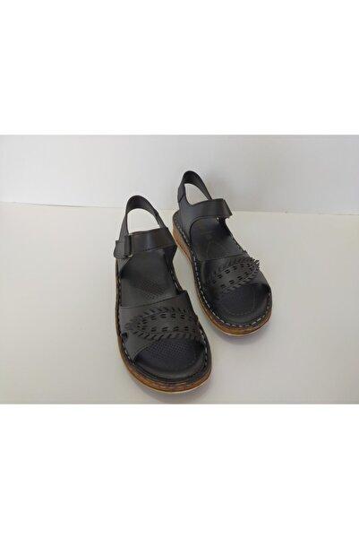 İpekçe Kız Çocuk Siyah Bantlı Sandalet