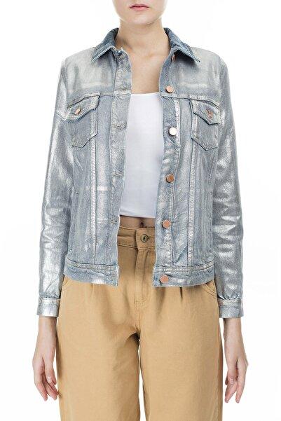 Emporio Armani Kadın Gümüş Kaplamalı Ceket