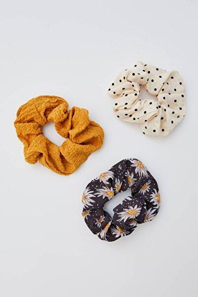 Pull & Bear Kadın Hardal Rengi 3'Lü Puantiye Ve Papatya Desenli Saç Lastiği Paketi 05982405