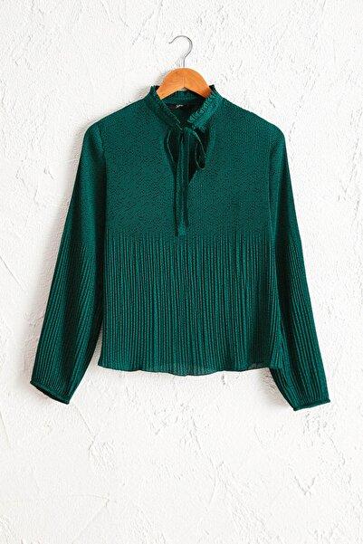 LC Waikiki Kadın Yeşil Baskılı Bluz 0WBP50Z8