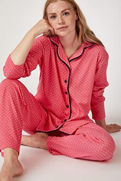 Kadın Nar Çiçeği Puantiyeli Örme Pijama Takımı GL00021