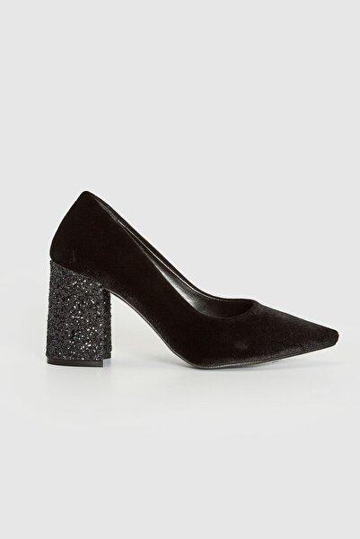 LC Waikiki Kadın Siyah Topuklu Ayakkabı 0WBM11Z8
