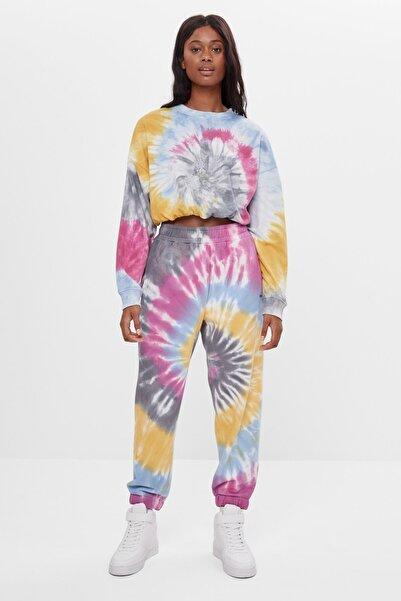 Bershka Kadın Mavi Batik Desenli Jogging Fit Pantolon