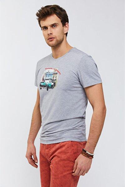 Avva V Yaka Baskılı T-Shirt