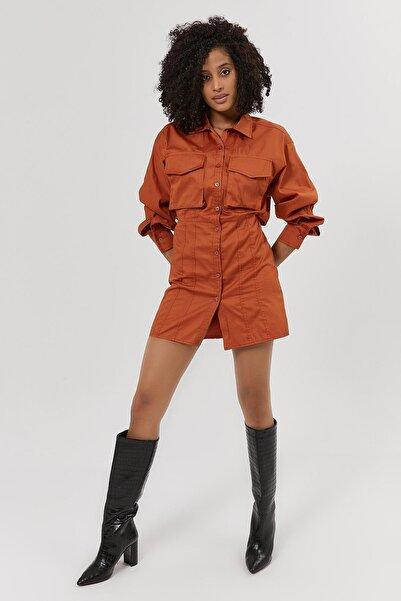 Y-London Kadın Taba Sırt Detaylı Cepli Gömlek Elbise Y20W180-6524