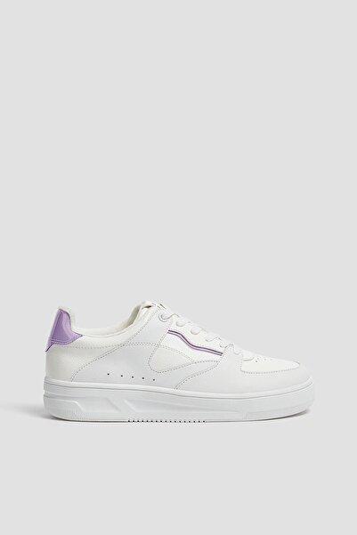 Pull & Bear Kadın Beyaz Vinil Detaylı Spor Ayakkabı 11323640