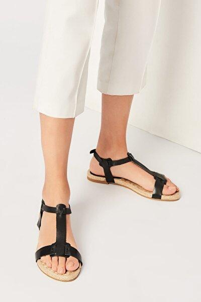 İnci Hakiki Deri Siyah Kadın Sandalet 120120125010