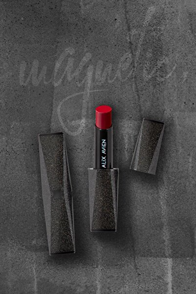Alix Avien Magnetic Mat Kırmızı Ruj Matte Lipstick Red 2021