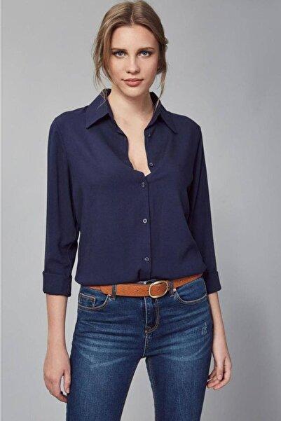 FancyWorld Kadın Lacivert Dokuma Viskon Kumaş Basic Gömlek