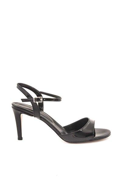 Tanca Sıyah Rugan Kadın Klasik Topuklu Ayakkabı  181Tck456 208