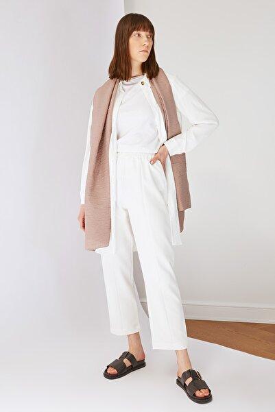 Trendyol Modest Beyaz Beli Lastikli Straight Fit Dokuma Tesettür Pantolon TCTSS21PL0570